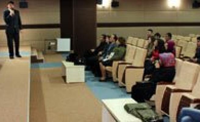 KMÜ'De Yabanci Dil Kursu Basliyor