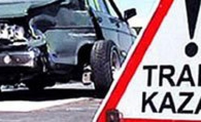 Karaman`da Trafik Kazasi: 1 Ölü