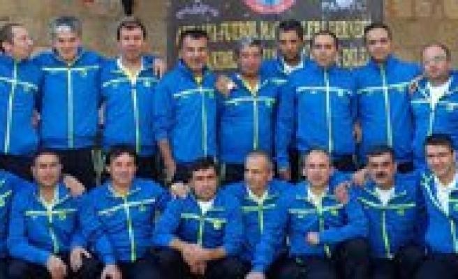 Karaman Masterler Antalya`dan 3.Lük Kupasi Ile Döndü