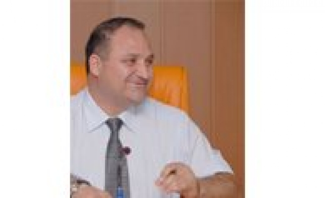 Ali Kantürk`ün Adayligi, AKP`li Üyeler Tarafindan Memnuniyetle Karsilandi