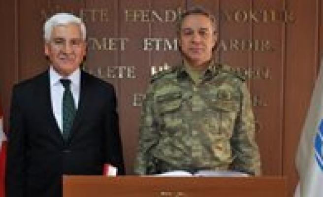 Korgeneral Mustafa Kemal Alatas Karaman'daydi