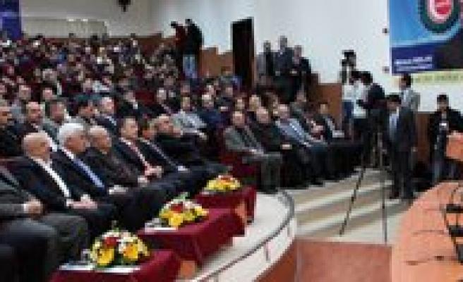 """Hak-Is Genel Baskani Mahmut Arslan: """"Karaman'i Medeniyet Merkezi Olarak Görüyorum"""""""