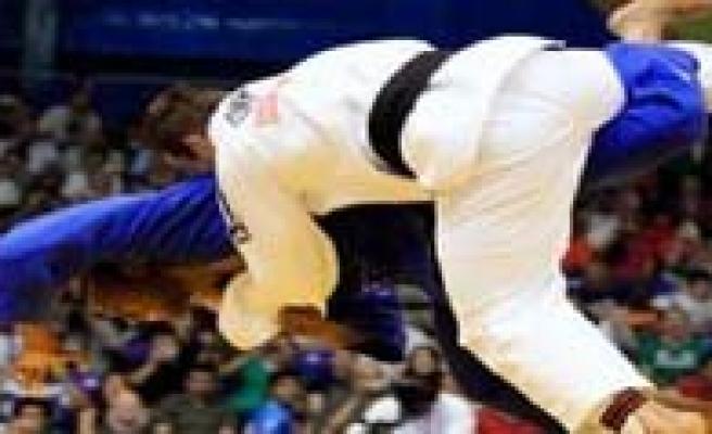 Judocularimiz Türkiye Sampiyonasi`na Gidiyor