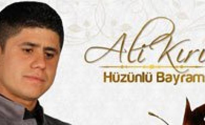Hemserimiz Ali Kiris, Ilk Albümünü Hollanda'da Tanitti
