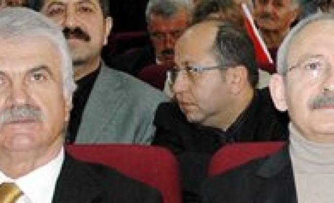 CHP Genel Baskani Kiliçdaroglu Karaman'da