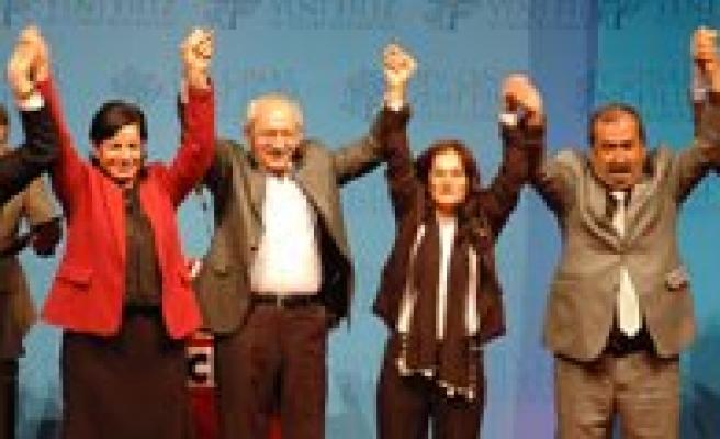 CHP Lideri Kiliçdaroglu, Karaman`da Aday Tanitim Toplantisina Katildi
