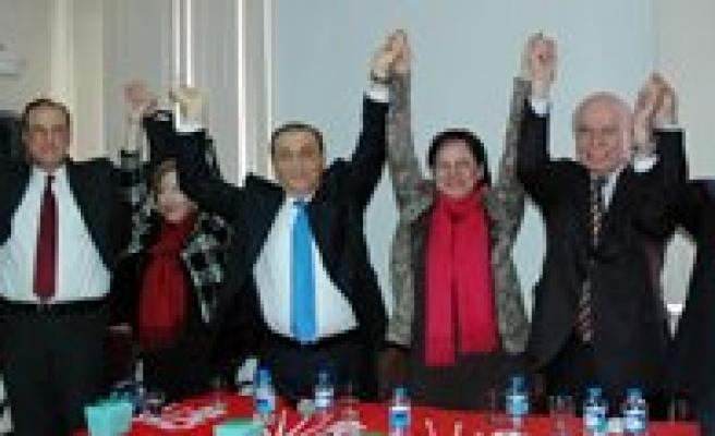 CHP`li Eski Bakan ve Milletvekilleri, Karaman Belediye Baskan Adayi Merih Ünver`e Destek Olmak Amaciyla Karaman`a Geldi