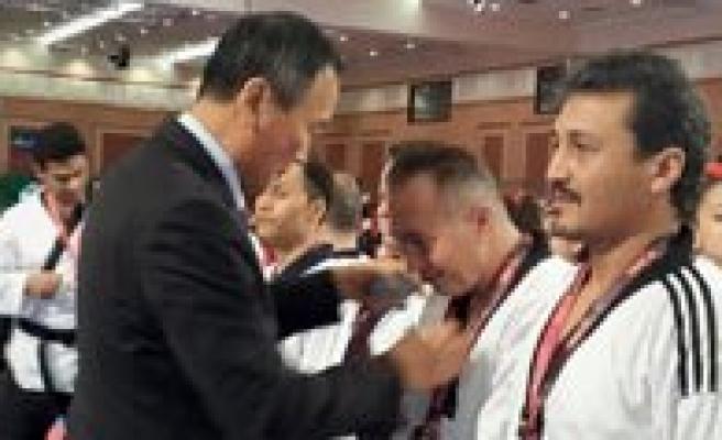 Uluslararasi Taekwondo Sampiyonasindan 1 Madalya Daha
