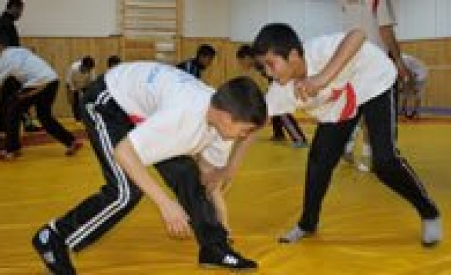 Gelecegin Güresçileri Karaman'da Yetisiyor