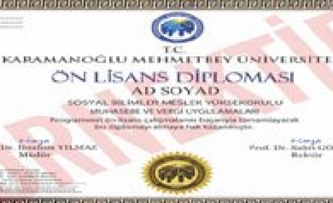 KMÜ'den Bir Ilk Daha: Elektronik Imzali Diploma
