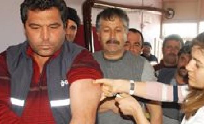 Karaman Belediyesi 201 Temizlik Isçisini Saglik Taramasindan Geçirdi