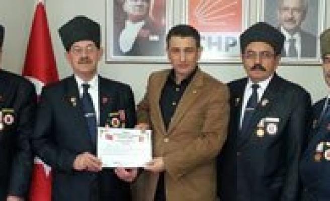 Gaziler'den CHP'ye Ziyaret