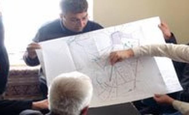 Arazi Toplulastirma Çalismalari Devam Ediyor