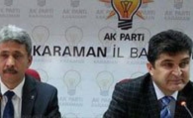"""AK Parti Il Baskani Ünlü: """"En Büyük Dil Kadinlarimizin Gönül Dilidir"""