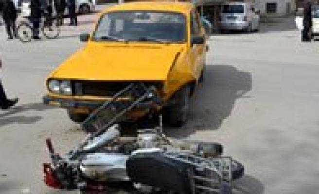 Kazalarda 3 Kisi Yaralandi