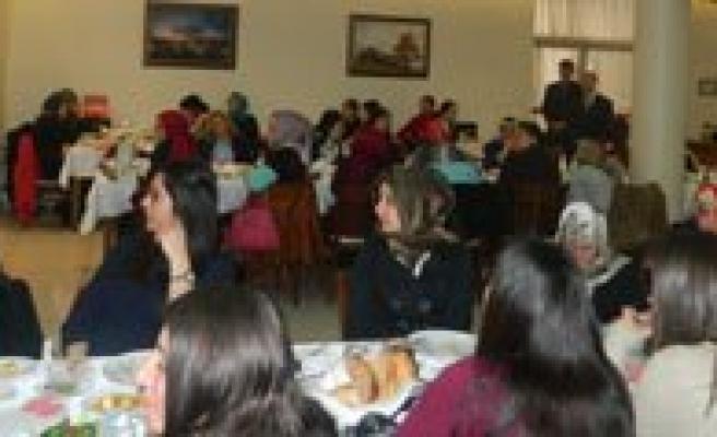 Karabulut: Kadinin Adi Medya Sektörünün Üst Kademelerinde De Geride