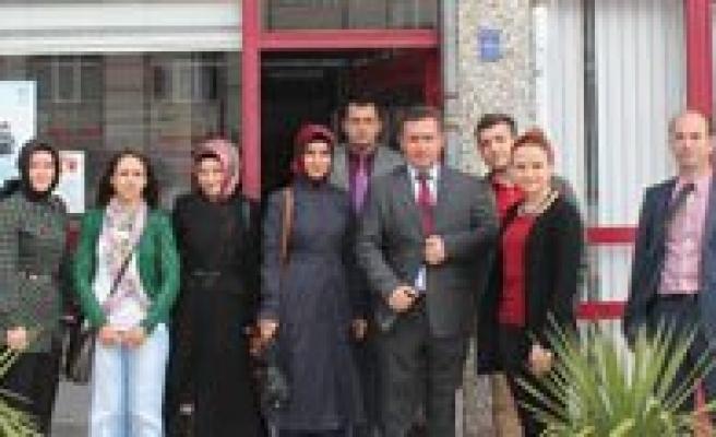 Gençlik Merkezi'nden Bilim Ve Teknoloji Haftasini Ziyareti