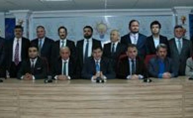 AK Parti'de Nefesler Tutuldu. 7 Nisan Bekleniyor