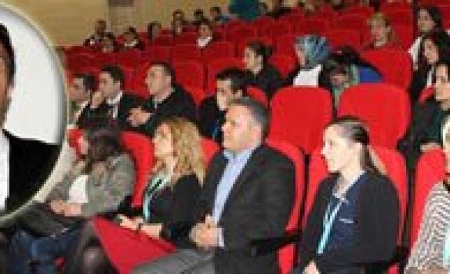 """Karaman Devlet Hastanesi 'Nde """" Empati Ve Empatik Yaklasim"""" Egitimi Verildi"""