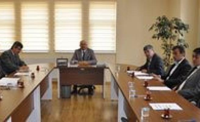 Sariveliler Belediyesi'nde Nisan Ayi Meclis Toplantisi Yapildi
