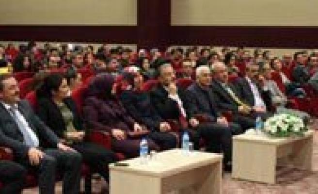 Avukat Hayati Inanç Ile 'Can Veren Pervaneler' Söylesisi