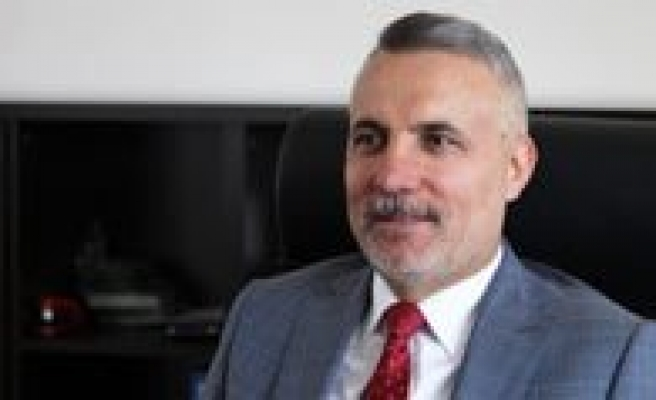 "Prof. Dr. Mehmet Karatas'a ""2. Vefa Tanir"" Benzetmesi"