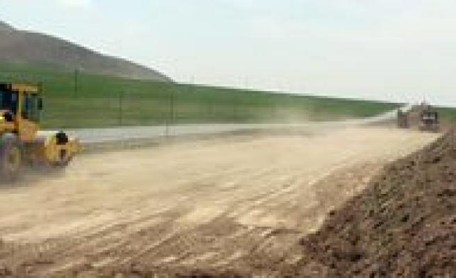 Ayranci – Eregli Arasi 34 Kilometrelik Bölünmüs Yol Çalismalarina Baslandi