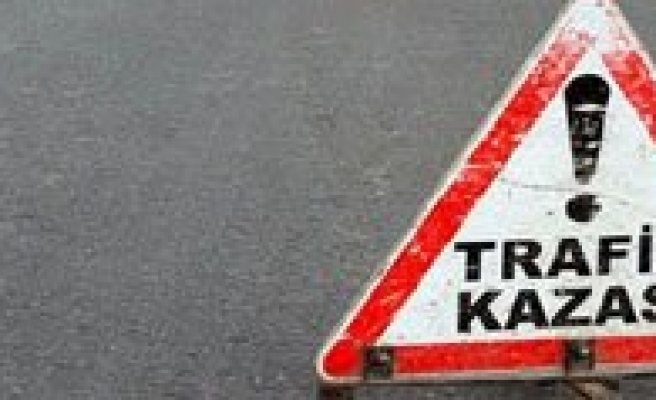 Karaman'da Trafik Kazasi: 21 Yarali