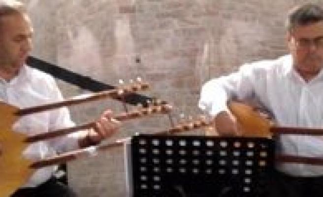 Karamanli Yarenler Kültür Festivallerinde Ilimizi Temsil Edecek