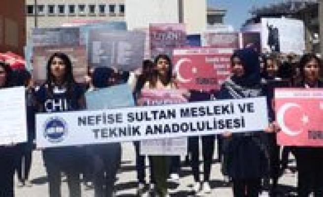 Türkçe Için Biz De Variz Dediler