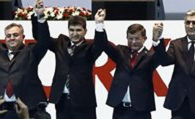 Basbakan Davutoglu, Karaman`a Geliyor