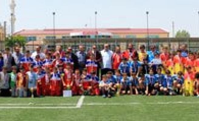 Küçükler Futbol Yari Final Heyecani Sona Erdi