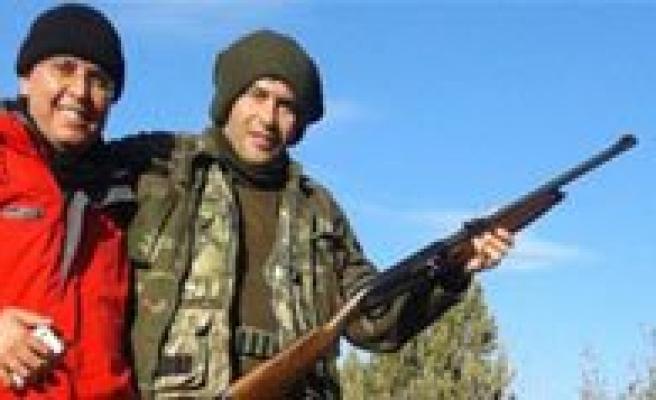 Karaman'da Yaban Domuzlarina Sürek Avi