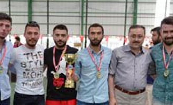 KMÜ Spor Senliklerinde Ödüller Sahiplerini Buldu