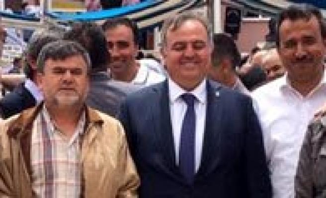 """Milletvekili Adayi Seker: `Esnafa Sahip Çikmak Halka Sahip Çikmaktir"""""""