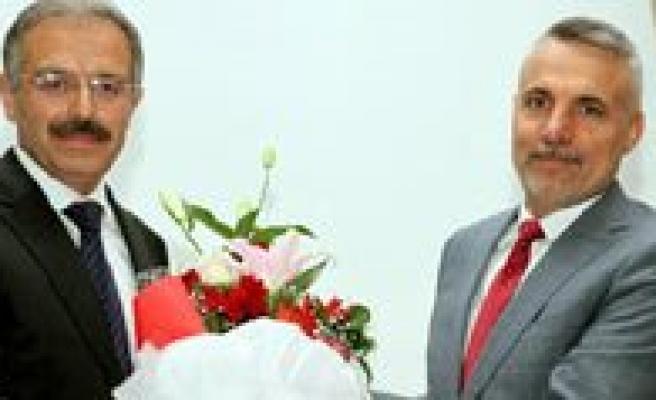 PROF. DR. Mehmet Karatas'tan Karaman'a Veda
