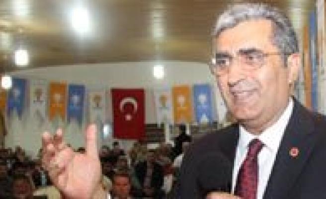 """Konuk: """"Karaman Tarihi Firsati Kaçirmayacak, Hemsehrisi Davutlarin Ahmet'in Gücüne Güç Katacak"""""""