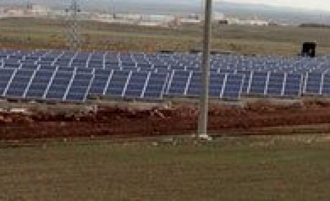 Il Özel Idaresi Günes Enerji Santrali Faaliyete Geçti