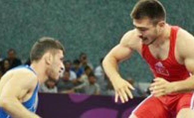 KMÜ'lü Milli Sporculardan Bakü 2015 Oyunlarinda Büyük Basari
