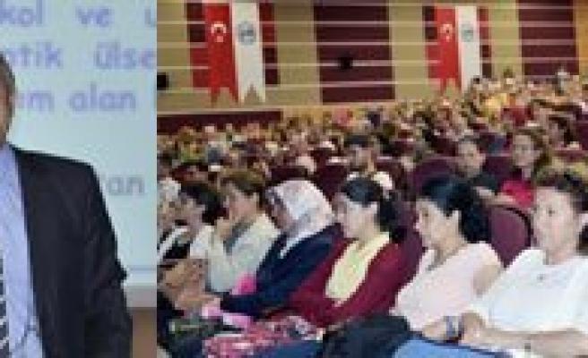 KMÜ Rektörü Prof. Dr. Sabri Gökmen Ögretmenlere Seslendi