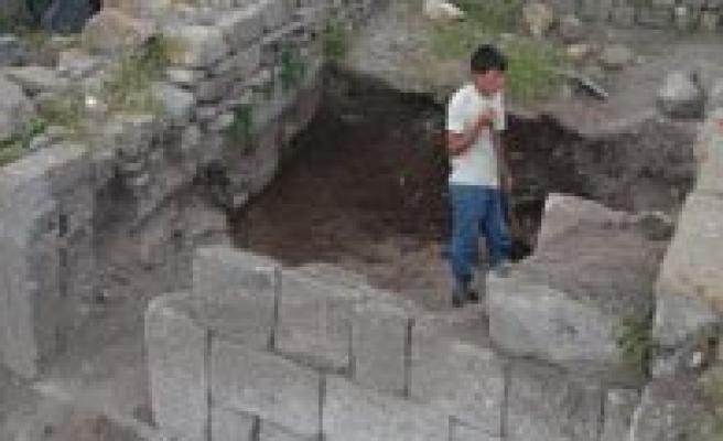 Karaman'da Yeni Bir Inanç Merkezi Gün Yüzüne Çikiyor