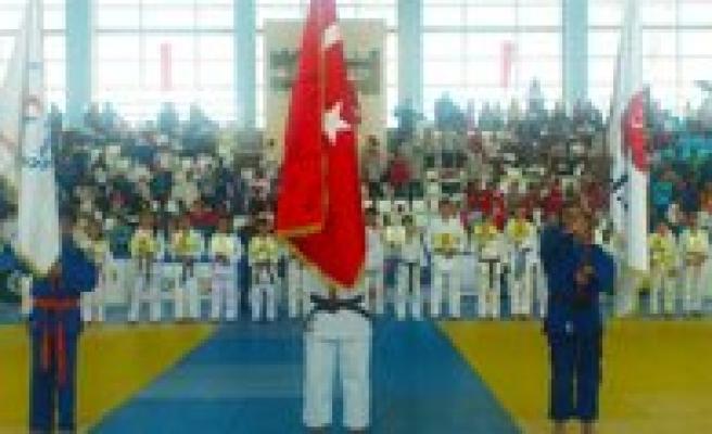 Judocular, Yunus Emre Ve Hosgörü Kupasinda Bulusuyor