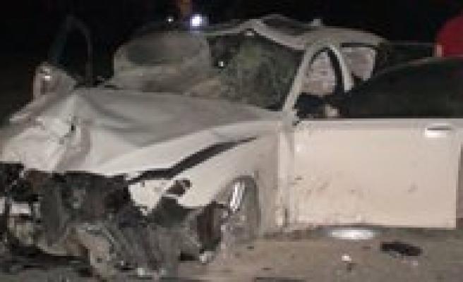 Karamanli Gurbetçi, Eregli'de Kaza Yapti. 1 Kisi Öldü 2 Kisi Yaralandi