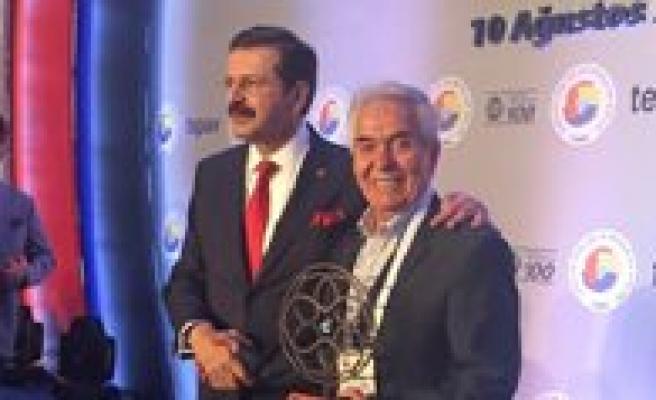 Türkiye'nin En Hizli Büyüyen 100 Sirketi Arasina Karaman'dan Ani Bisküvi Ve CHS Girdi