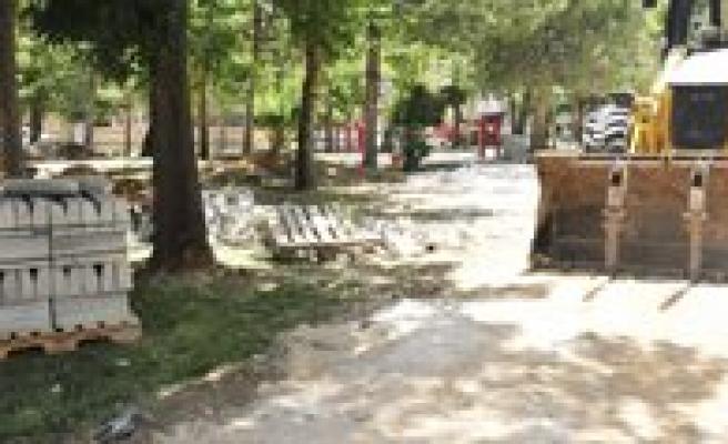 Belediye Parklari Elden Geçiriyor
