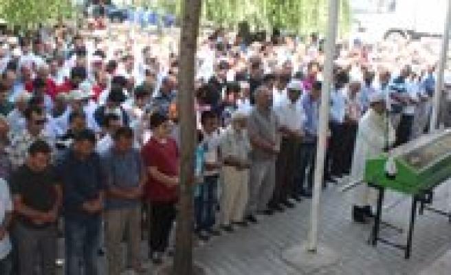 Kaza Kurbani Imam Son Yolculuguna Ugurlandi