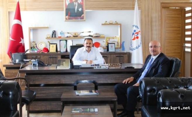 Başkan Samur'dan, Spor İl Müdürü Kısacık'a Ziyaret