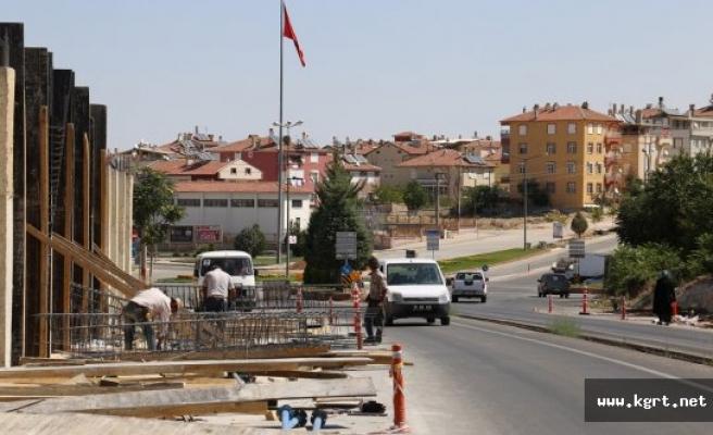 Siyahser-Beyazkent Üst Geçidinde Çalışmalar Devam Ediyor