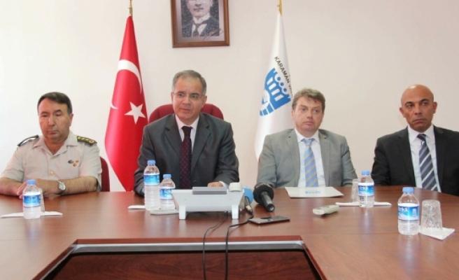 Vali Tapsız: Karaman, Darbecilere Karşı Dik Bir Duruş Sergiledi