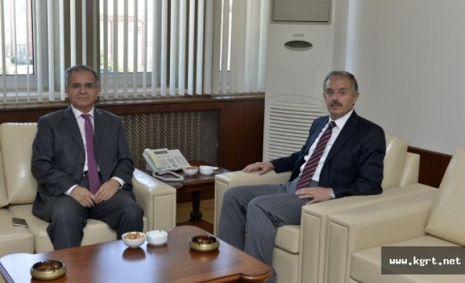 Vali Süleyman Tapsız'dan Karamanoğlu Mehmet Bey Üniversitesine Ziyaret